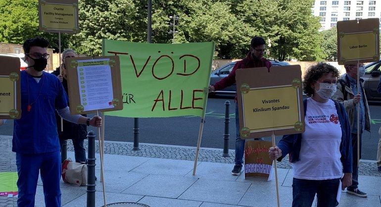 Briefübergabe im Roten Rathaus am 20. Mai