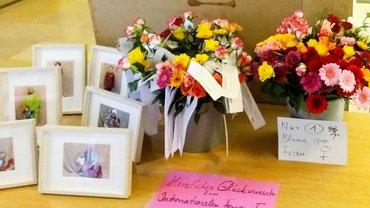 Blumengruß vom Landesmigrationsausschuss