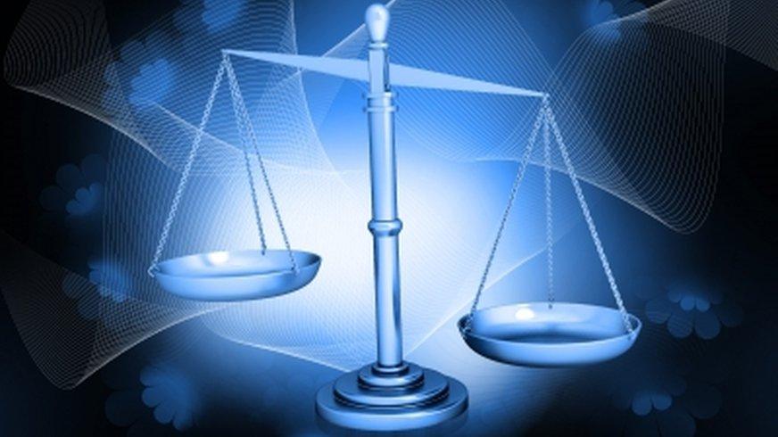 Wie kann ich die Rechtsabteilung informieren