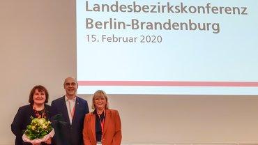 Am 15. Februar 2020 wurde auf der außerordentlichen ver.di-Landesbezirkskonferenz Berlin-Brandenburg das dritte  Landesbezirksleitungsmitglied gewählt. Susanne Feldkötter (links im Bild) wurde mit 89,74 Prozent der Stimmen zur stellvertretenden Landesbezirksleiterin ernannt.